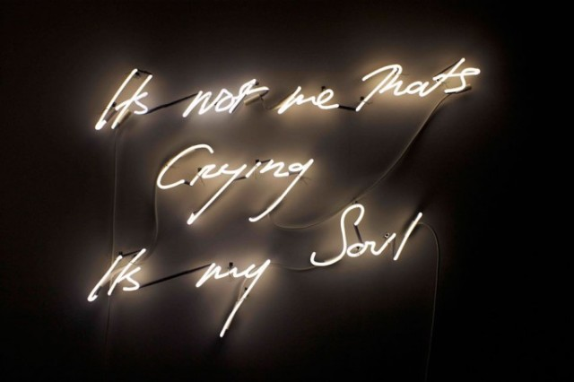 Ar_tracey-emin-angel-without-you_02-682x455 (1)